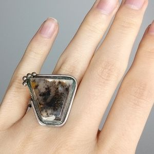 Vintage moss agate Native American silver ring